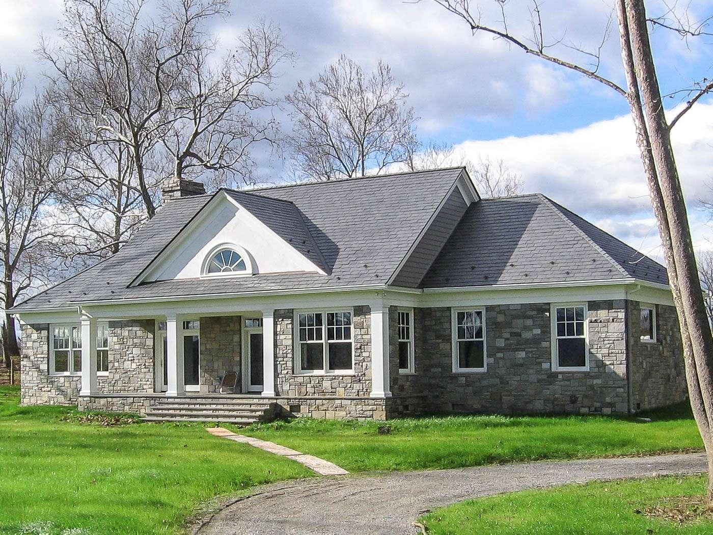 Shenandoah Stone Cottage Exterior 1